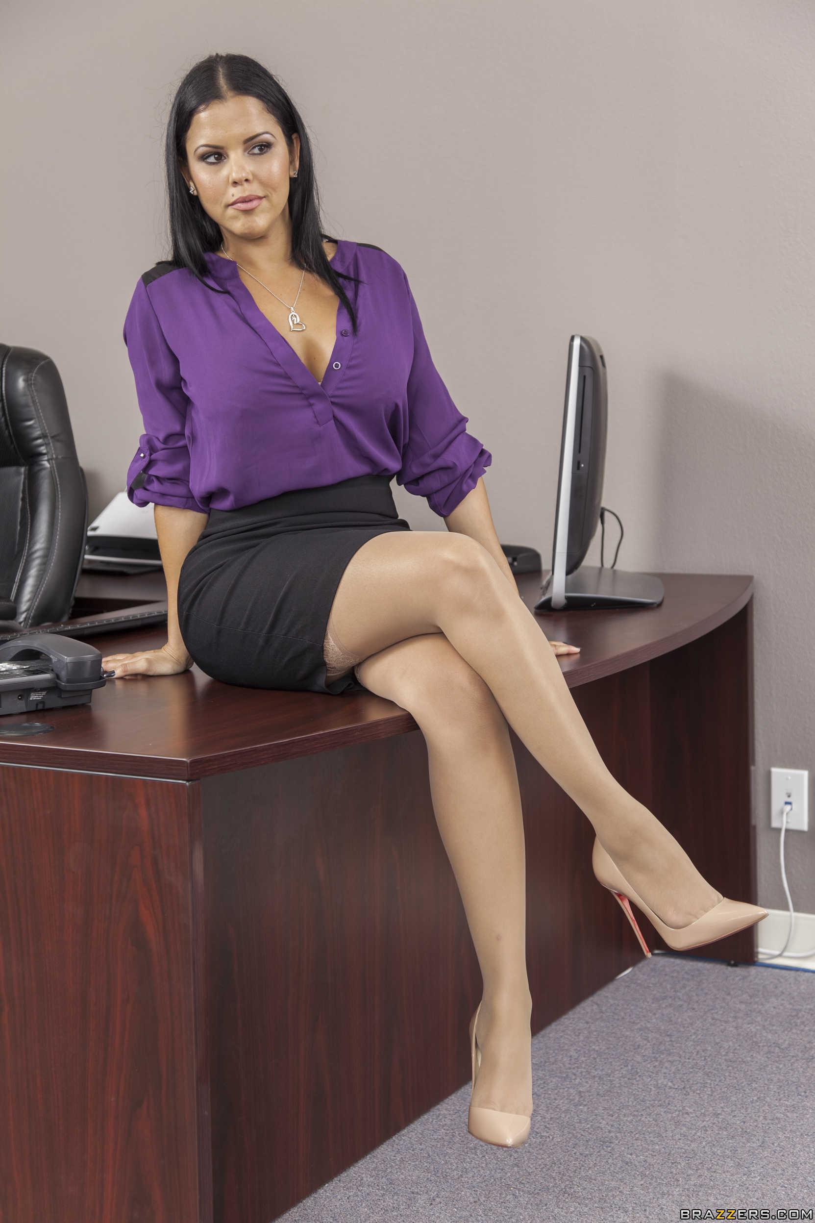 sexo en la oficina preciosas escort