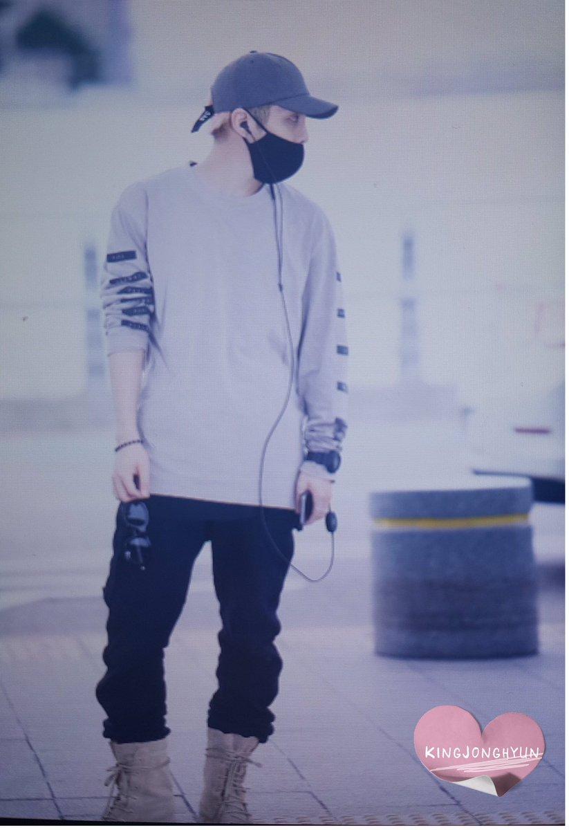 [IMG/160715] Jonghyun, Key @ Aeropuerto Incheon hacia Japón. PxXbhtgk