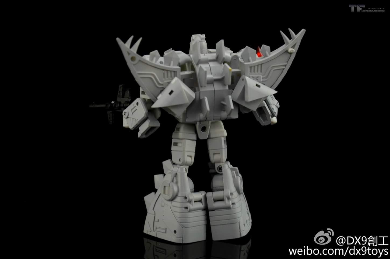 [DX9 Toys] Produit Tiers - Jouet War in Pocket (Taille Legends) - Page 5 MYlEYTAD
