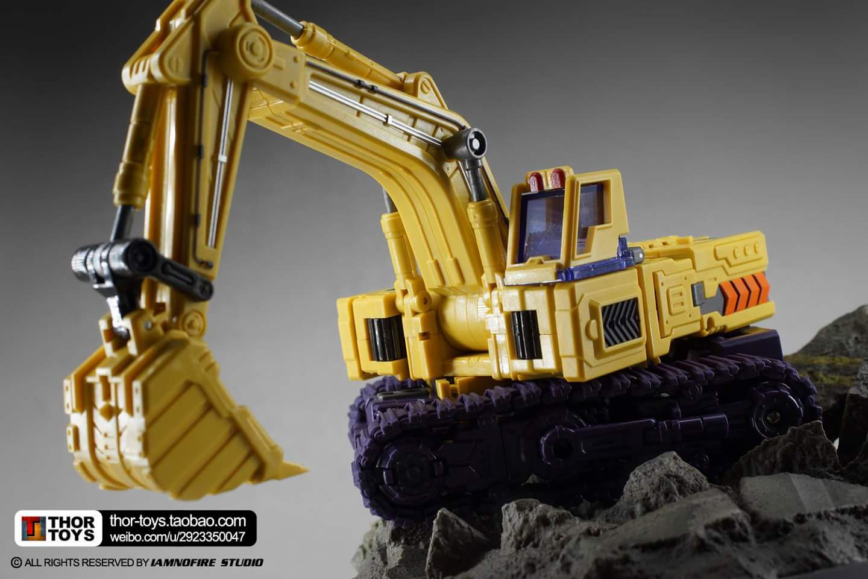 [Toyworld] Produit Tiers - Jouet TW-C Constructor aka Devastator/Dévastateur (Version vert G1 et jaune G2) - Page 8 Hed14mrR