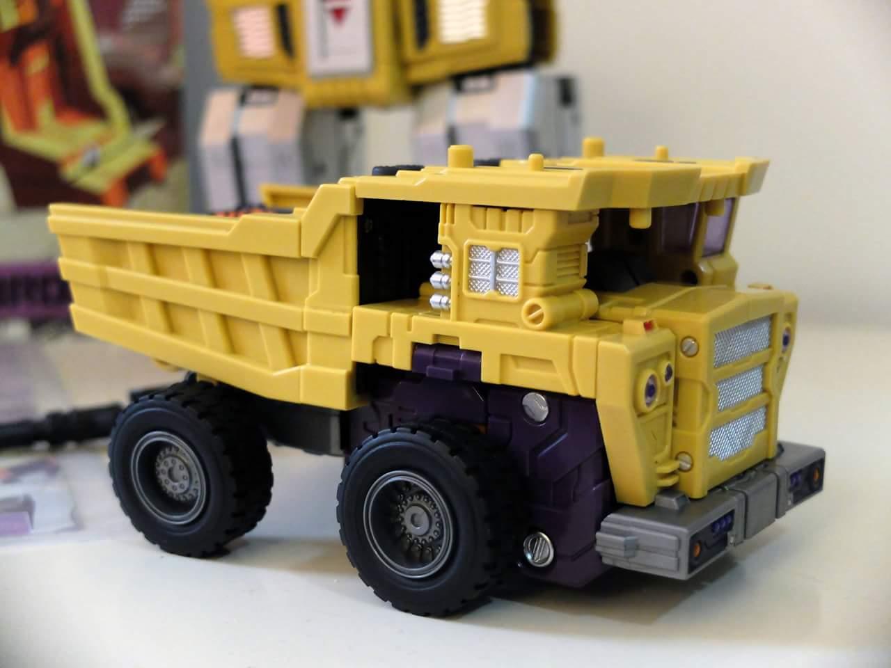 [Toyworld] Produit Tiers - Jouet TW-C Constructor aka Devastator/Dévastateur (Version vert G1 et jaune G2) - Page 8 XSeCIJL3