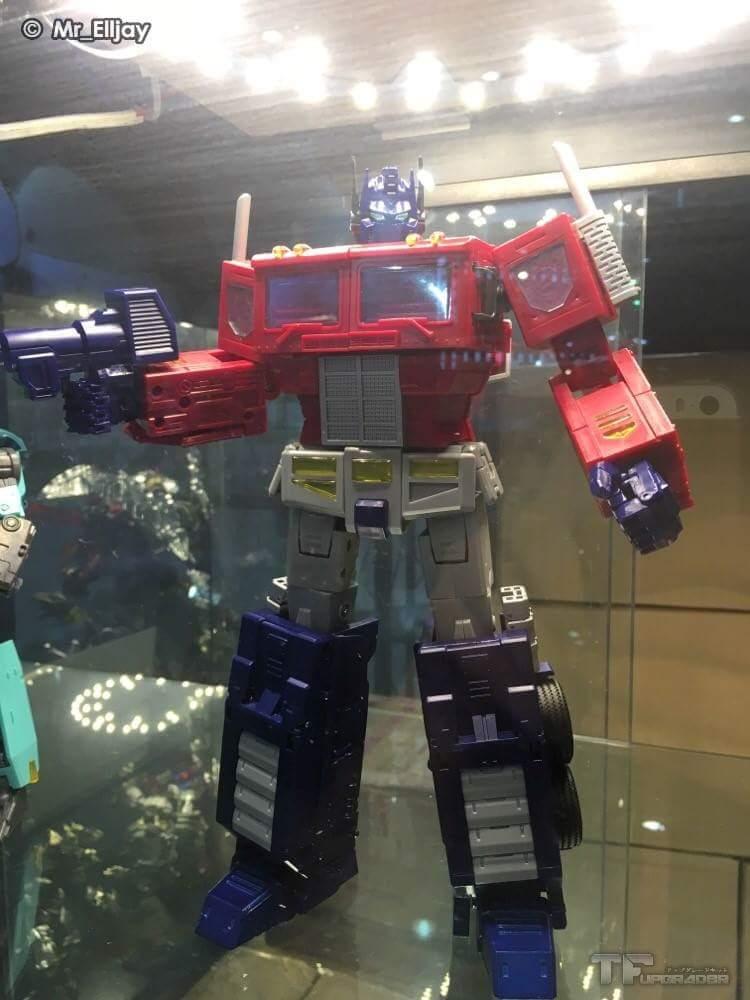 [ToyWorld][Zeta Toys] Produit Tiers - TW-M01 Primorion/Zeta-EX6O OriPrime et Zeta -EX6E EvaPrime - aka Optimus (G1 et Evangelion) JWJ6yDHT