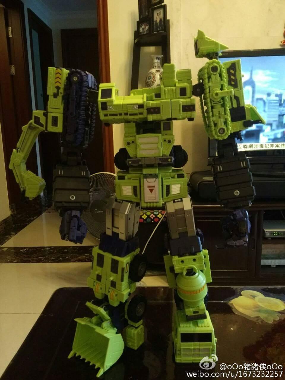 [Toyworld] Produit Tiers - Jouet TW-C Constructor aka Devastator/Dévastateur (Version vert G1 et jaune G2) - Page 7 QBHXt2BV