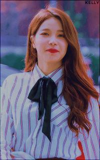 Kim Young Sun - SOLAR (MAMAMOO) 9AG9LEww