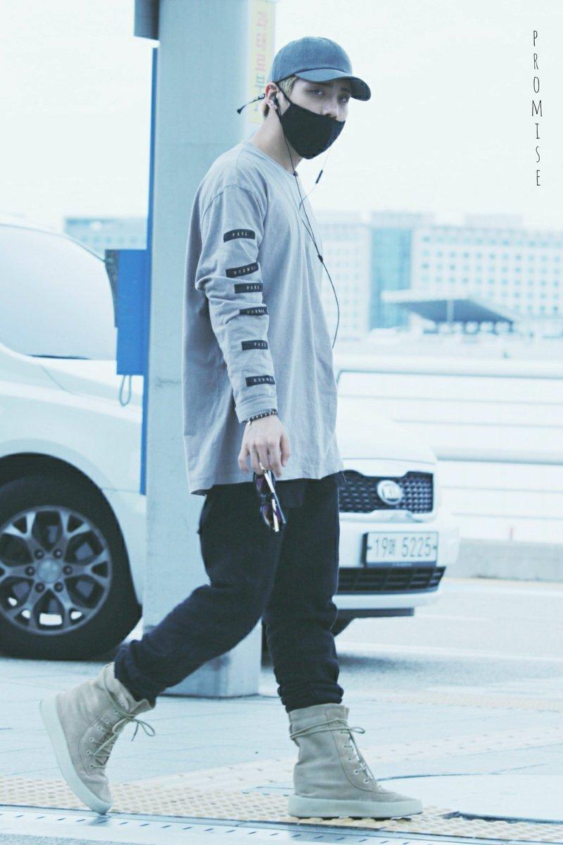 [IMG/160715] Jonghyun, Key @ Aeropuerto Incheon hacia Japón. 9YqNowxj