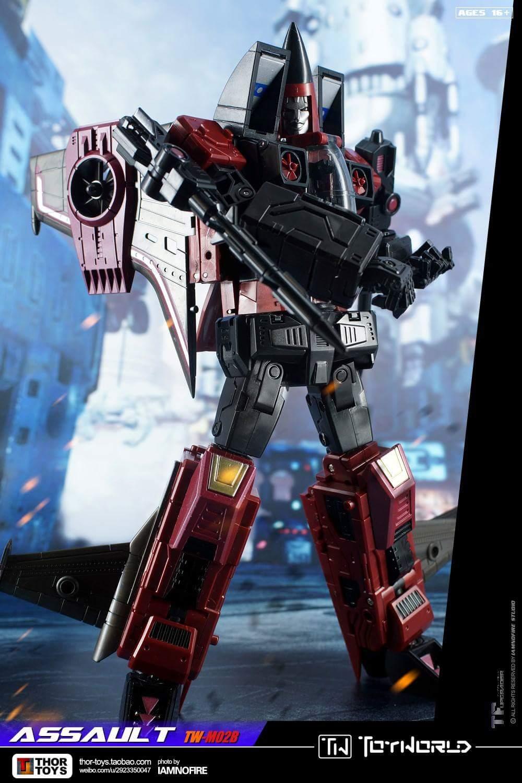 [ToyWorld] Produit Tiers - TW-M02A Combustor (Ramjet/Statoréacto), TW-M02B Assault (Thrust/Fatalo), TW-M02C Requiem (Dirge/Funébro) - Page 3 6mcC7ksJ