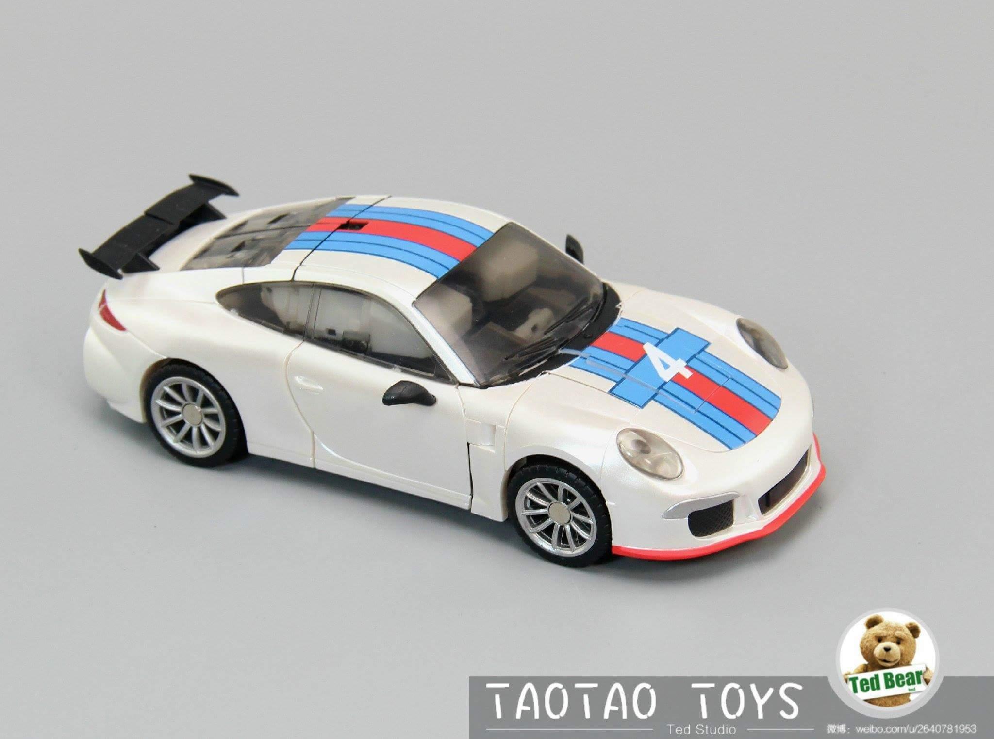 [Generation Toy] Produit Tiers - Jouets TF de la Gamme GT - des BD TF d'IDW - Page 2 AfUsRegG