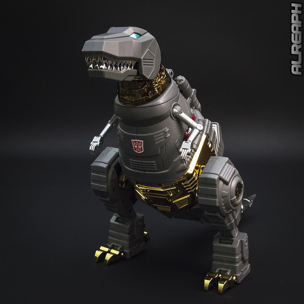 [Fanstoys] Produit Tiers - Dinobots - FT-04 Scoria, FT-05 Soar, FT-06 Sever, FT-07 Stomp, FT-08 Grinder - Page 12 IBdySYpD