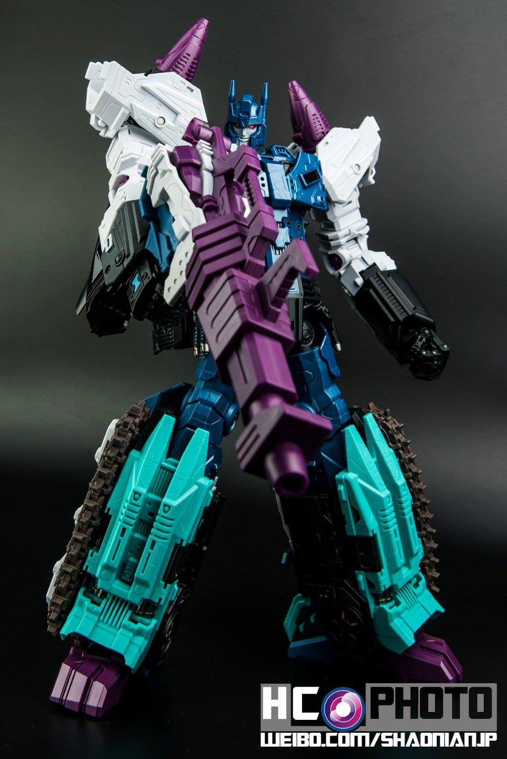 [Mastermind Creations] Produit Tiers - R-17 Carnifex - aka Overlord (TF Masterforce) - Page 3 IAk3Zrs0