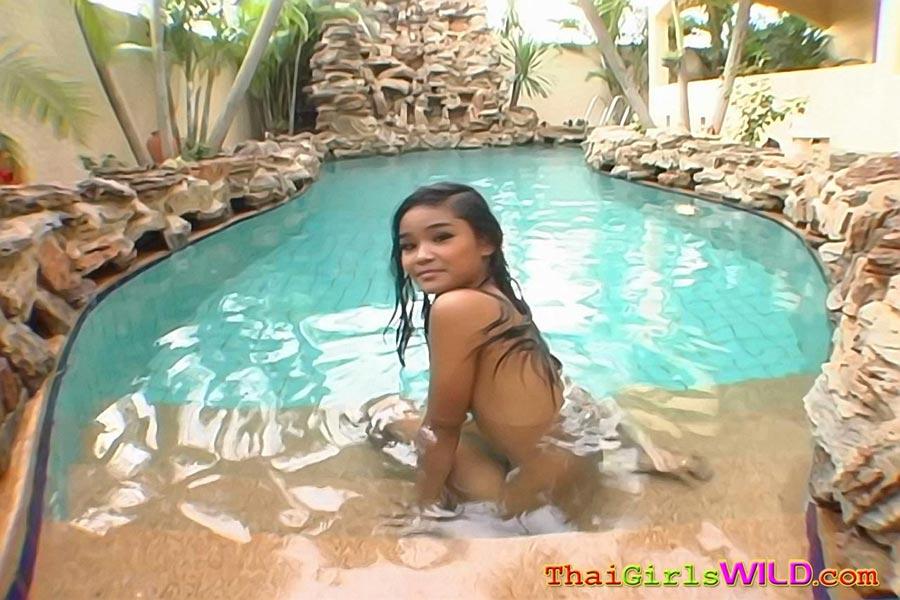 Video del patio de Kates desnuda