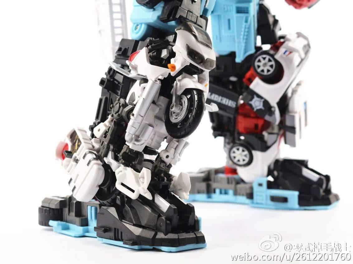[MakeToys] Produit Tiers - Jouet MTCM-04 Guardia (aka Protectobots - Defensor/Defenso) - Page 4 Hxqivggq