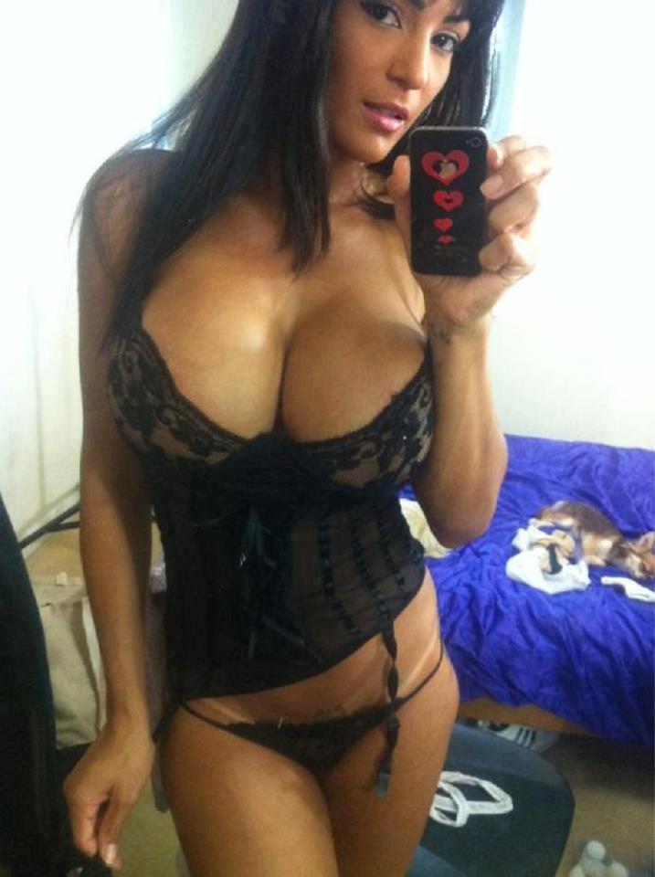 selfies hot