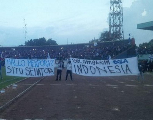 Halo Menpora Situ Sehat Ora, Selamatkan Bola Indonesia