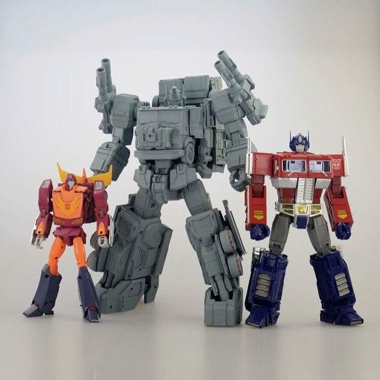 [FansHobby] Produit Tiers - MB-06 Power Baser (aka Powermaster Optimus) + MB-11 God Armour (aka Godbomber) - TF Masterforce 9xZ1Wmy3