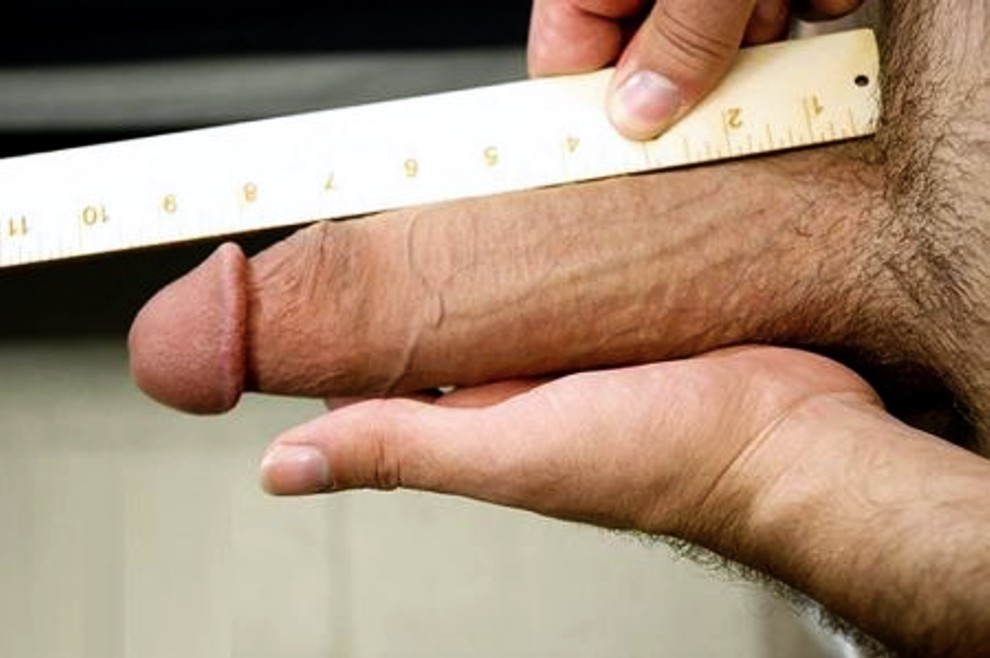 Measuring cocks in porn #4