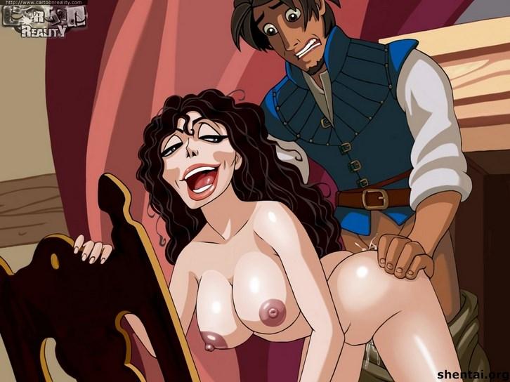 Enredados porno con Rapunzel desnuda