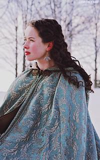 Anna Popplewell  LOuwEhTY
