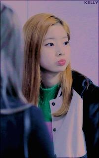 Kim Da Hyun (TWICE) Piu9wz2o