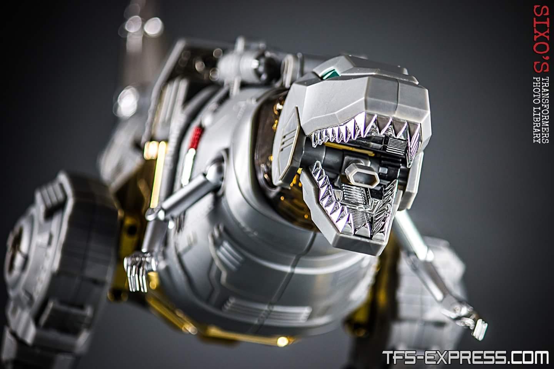 [Fanstoys] Produit Tiers - Dinobots - FT-04 Scoria, FT-05 Soar, FT-06 Sever, FT-07 Stomp, FT-08 Grinder - Page 11 KNud1u4o