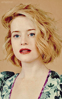 Claire Foy  SPPts0xj