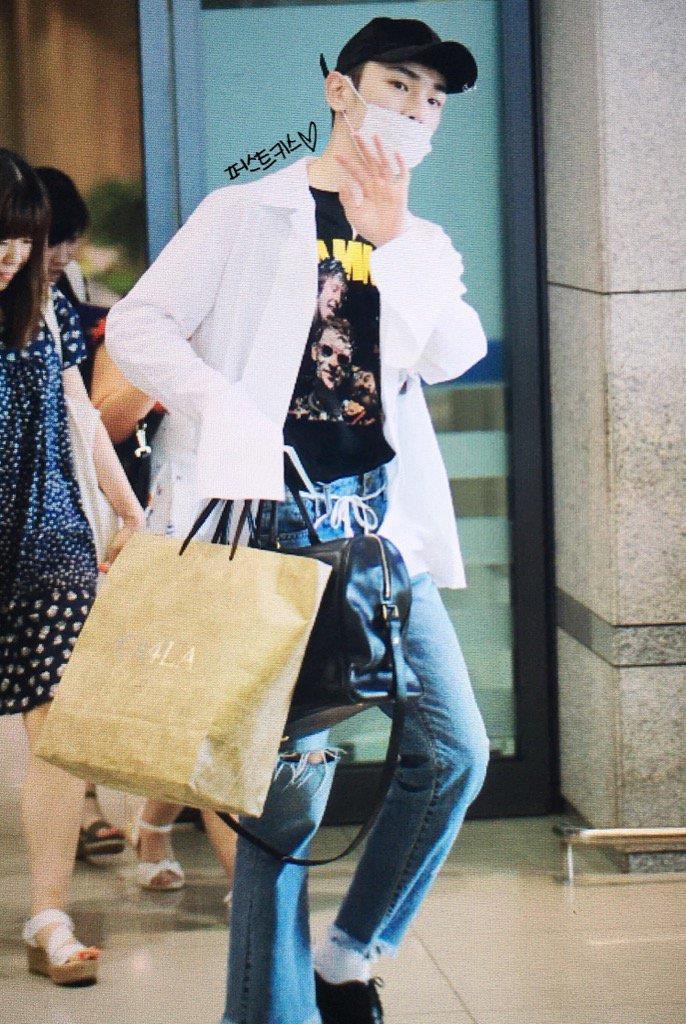 [IMG/160718] Onew, Jonghyun, Key, Minho @Aeropuerto de Kansai e Incheon (Jap-Cor) ZZOkDwlT