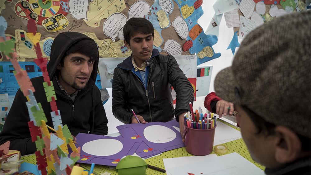Migrant 'children' coloring 1st grade books.