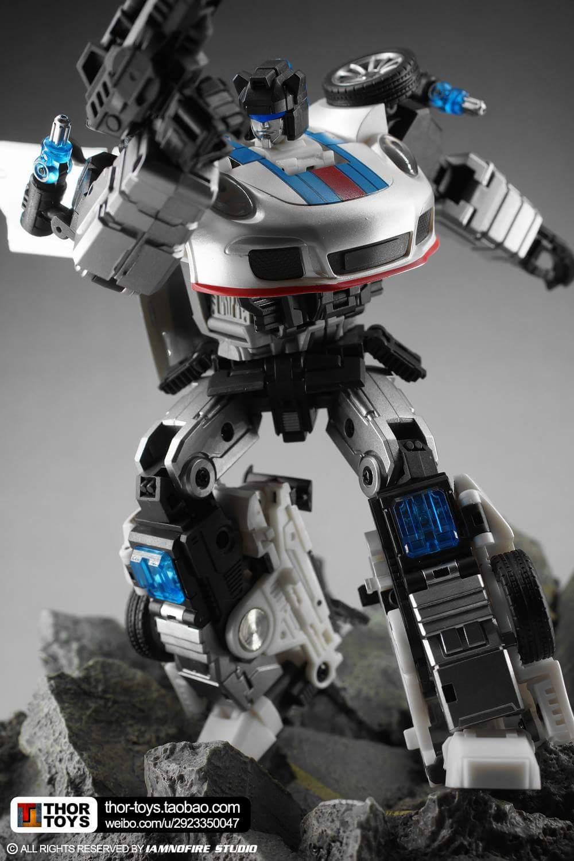 [Generation Toy] Produit Tiers - Jouets TF de la Gamme GT - des BD TF d'IDW - Page 2 CuprQt1J