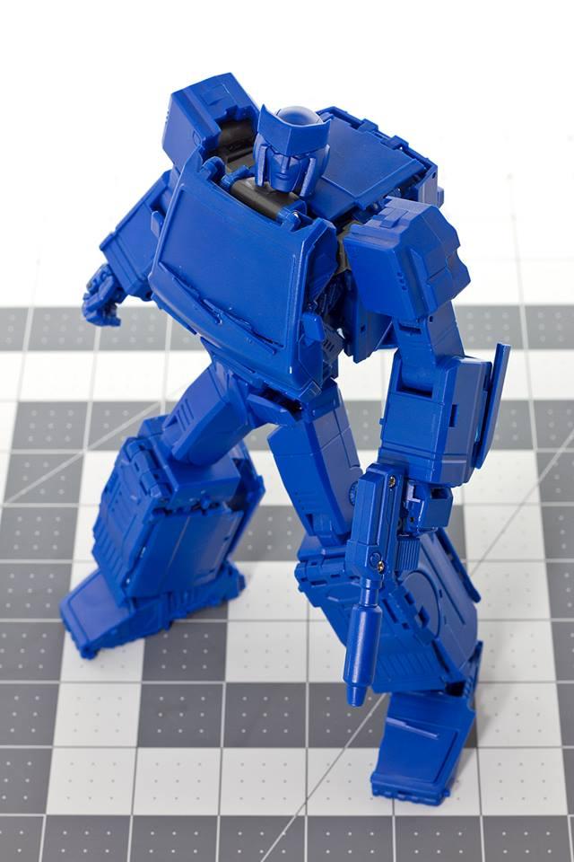 [Voodoo Robots] Produit Tiers - Salus (aka Ratchet/Mécano) & Animus (aka Ironhide/Rhino) LOK1SIgK