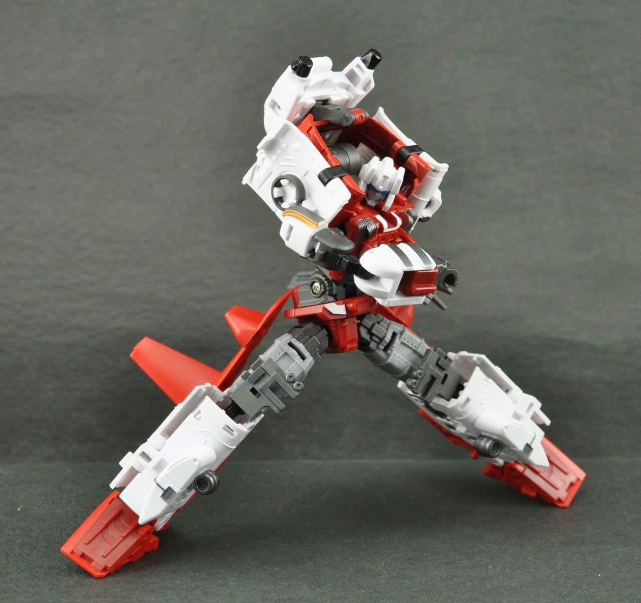 [MakeToys] Produit Tiers - Jouet MTCM-04 Guardia (aka Protectobots - Defensor/Defenso) - Page 3 9ltTRQb1