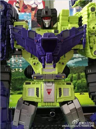 [Toyworld] Produit Tiers - Jouet TW-C Constructor aka Devastator/Dévastateur (Version vert G1 et jaune G2) - Page 9 UFCKQQSt