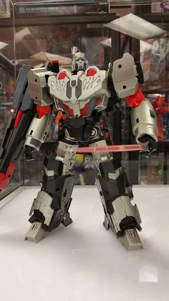 [Mastermind Creations] Produit Tiers - Reformatted R-28 Tyrantron - aka Megatron des BD IDW Vhbv9sEz