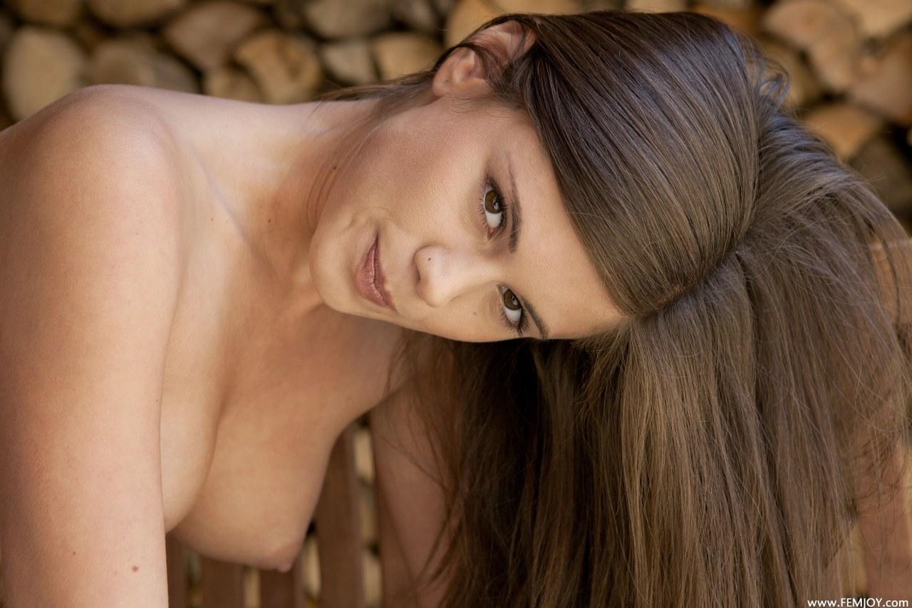 Flaca desnudandose y masturbandose para ti slim undresing - 1 part 6