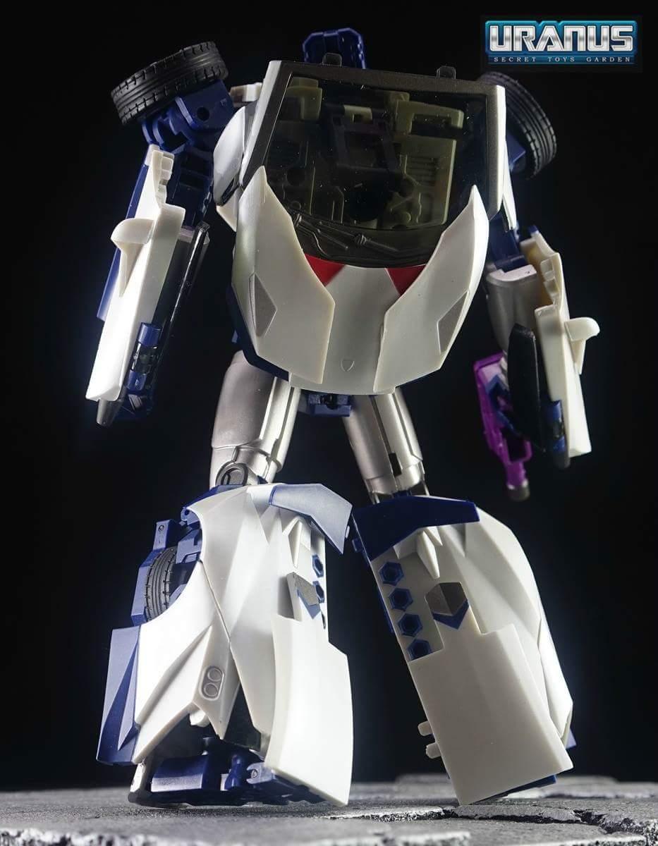 [Transform Mission] Produit Tiers - Jouet M-01 AutoSamurai - aka Menasor/Menaseur des BD IDW - Page 4 COeKtgT6