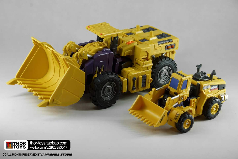 [Toyworld] Produit Tiers - Jouet TW-C Constructor aka Devastator/Dévastateur (Version vert G1 et jaune G2) - Page 8 CFcmRZFV