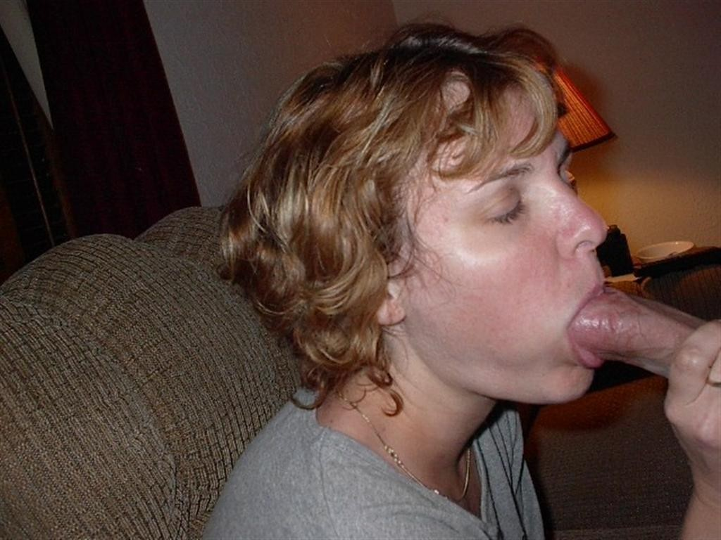 Photo closeup oral sex mature wife with black dick in mouth