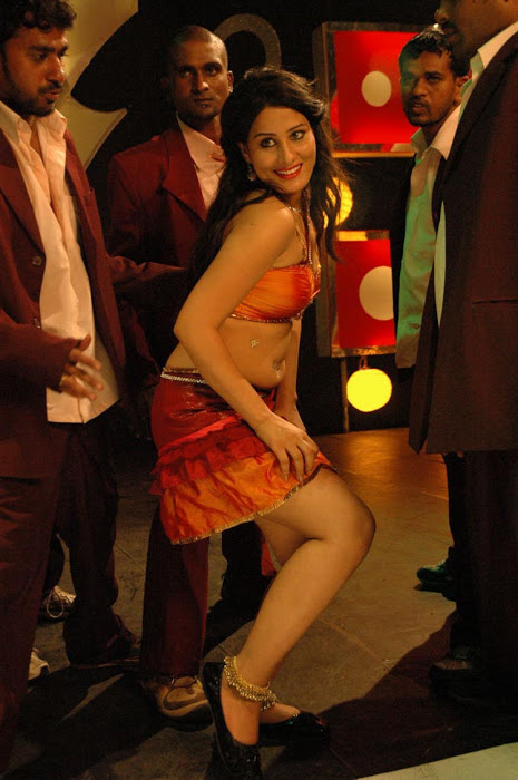 Ajju for Item Song Photo Gallery Abfd2pkG