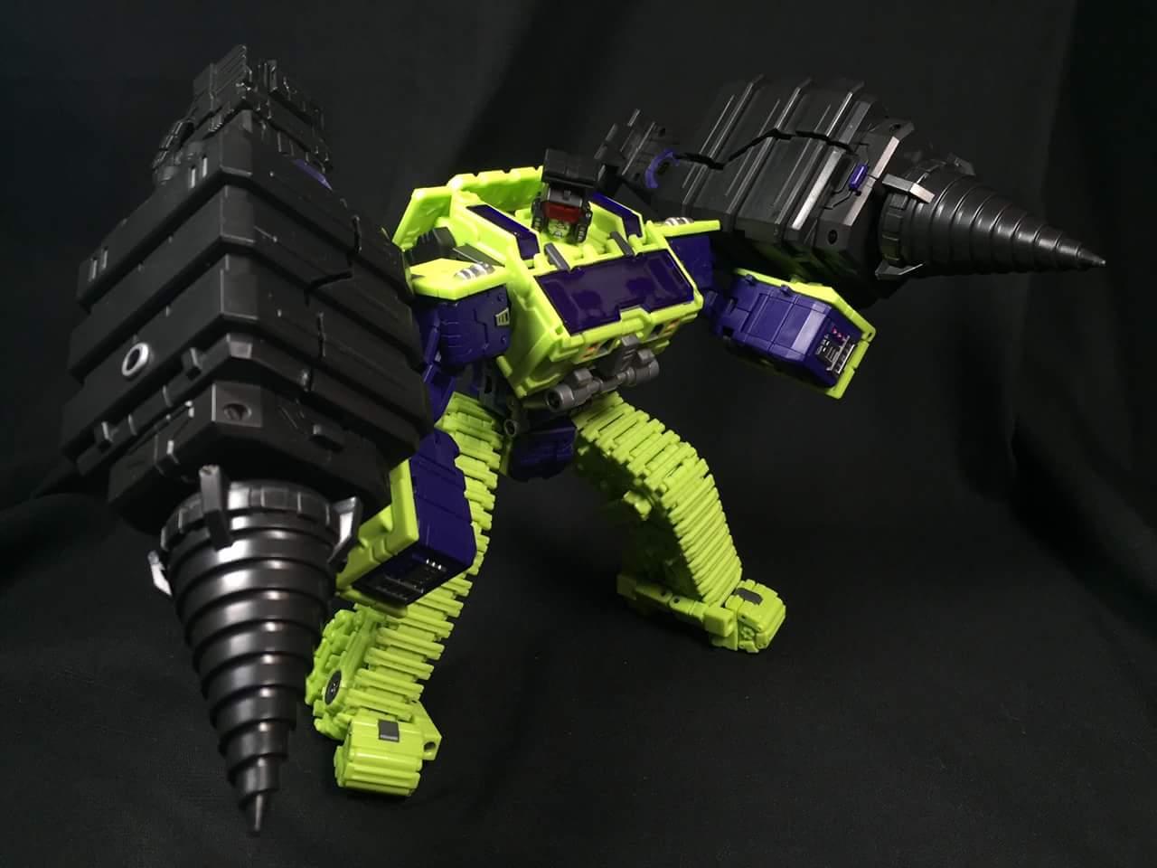 [Toyworld] Produit Tiers - Jouet TW-C Constructor aka Devastator/Dévastateur (Version vert G1 et jaune G2) - Page 3 HCzsxNqo