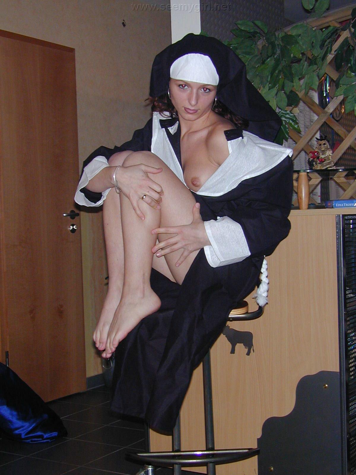 Секс с монашками смотреть онлайн 28 фотография