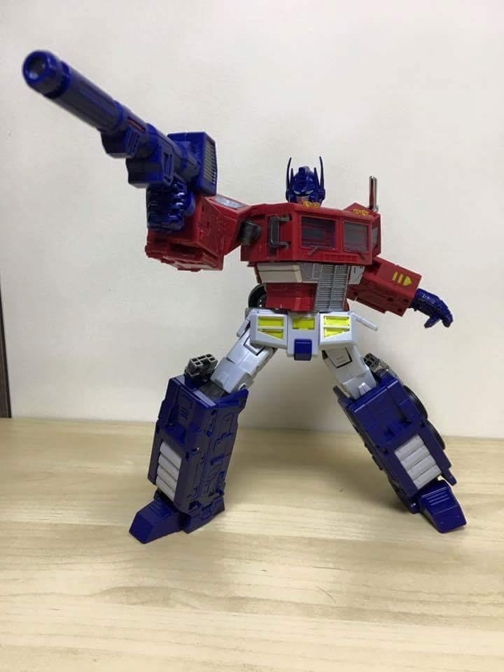 [ToyWorld][Zeta Toys] Produit Tiers - TW-M01 Primorion/Zeta-EX6O OriPrime et Zeta -EX6E EvaPrime - aka Optimus (G1 et Evangelion) 1Ew9t0ty