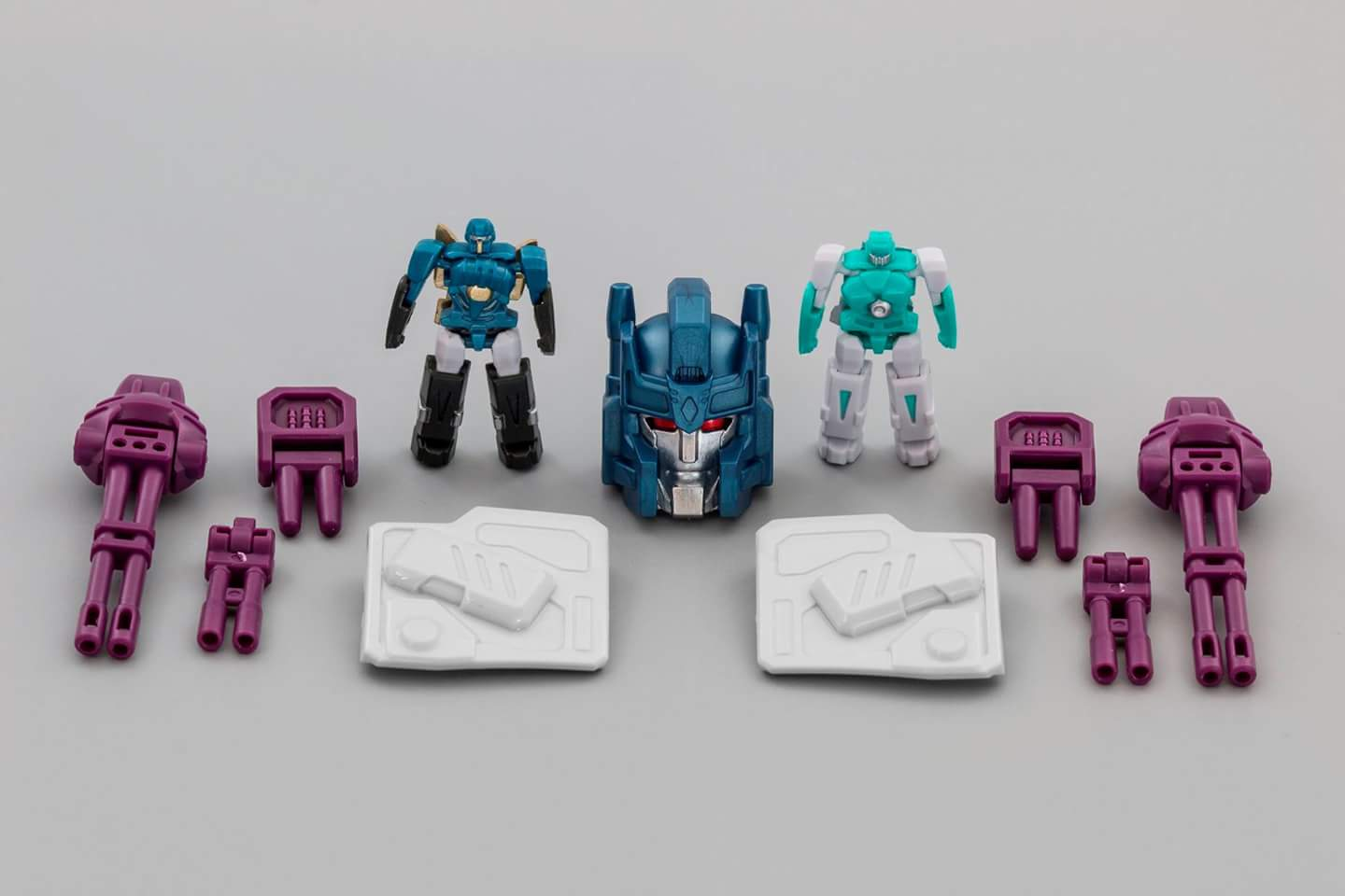 [Mastermind Creations] Produit Tiers - R-17 Carnifex - aka Overlord (TF Masterforce) - Page 3 SDACW1SG