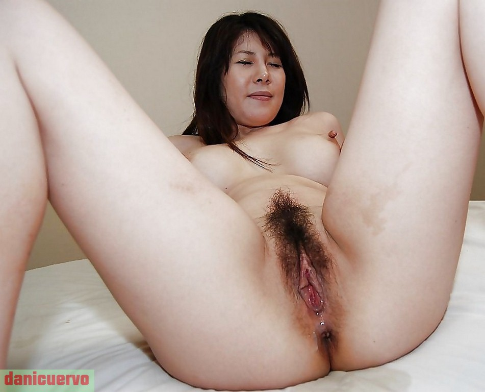 Mature Asian Female Pussy Pics 12
