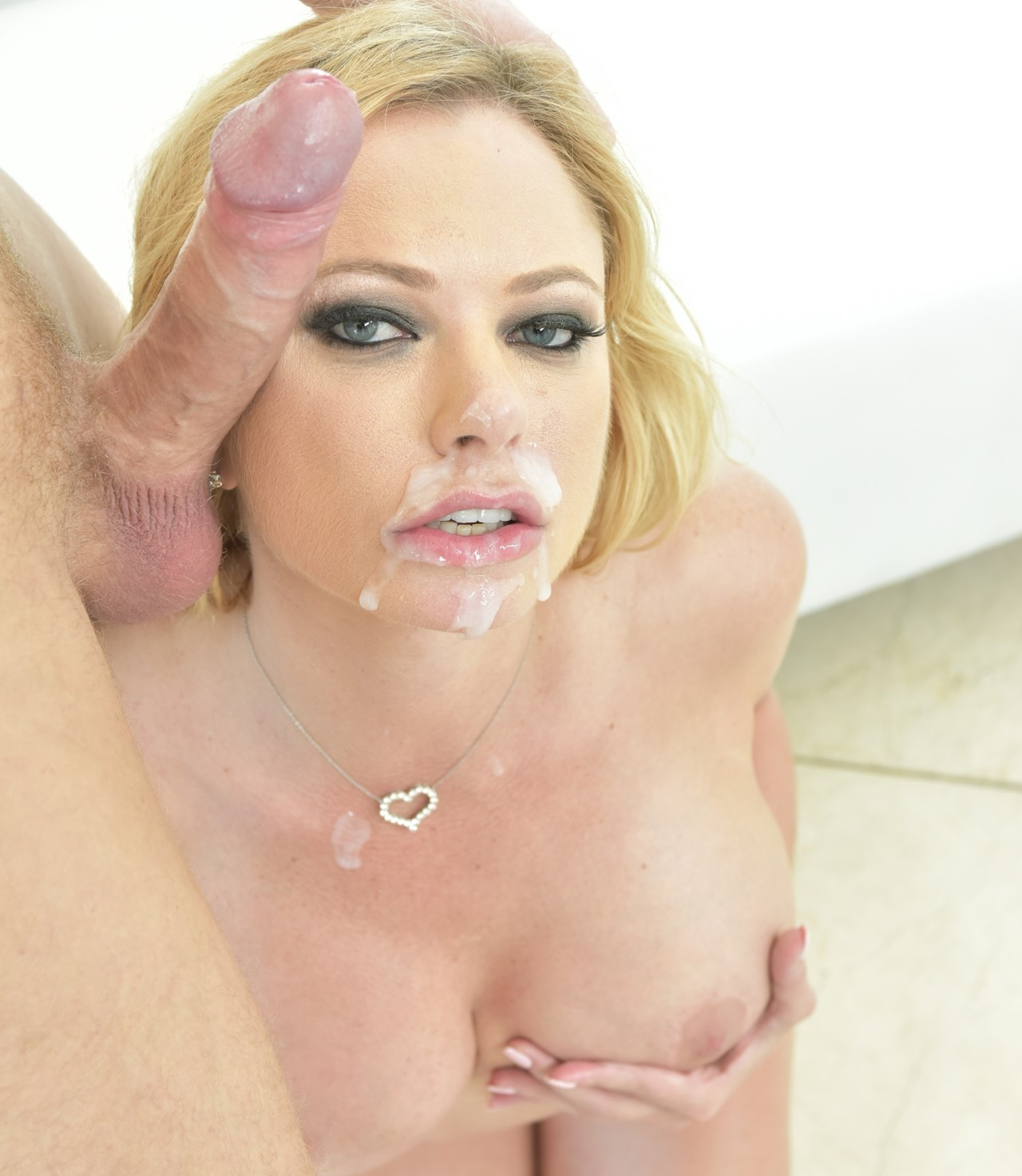 briana-banks-blowjob-and-facial-fucking