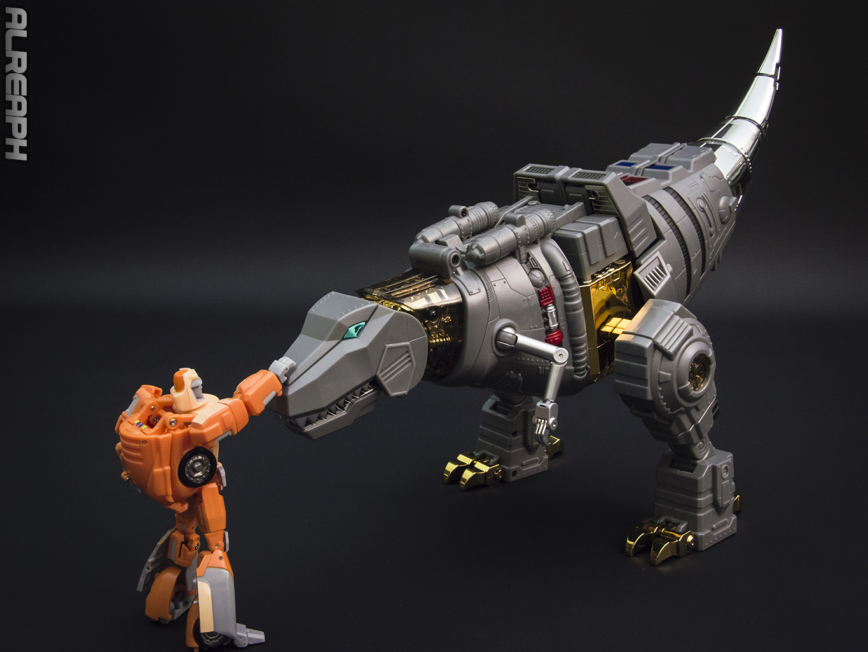 [Fanstoys] Produit Tiers - Dinobots - FT-04 Scoria, FT-05 Soar, FT-06 Sever, FT-07 Stomp, FT-08 Grinder - Page 12 KR7Gn7El