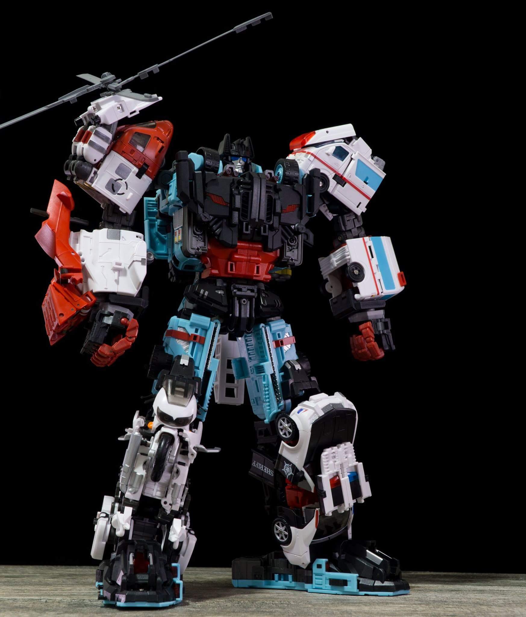 [MakeToys] Produit Tiers - Jouet MTCM-04 Guardia (aka Protectobots - Defensor/Defenso) - Page 4 UUEl7cEg