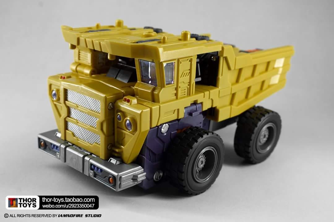 [Toyworld] Produit Tiers - Jouet TW-C Constructor aka Devastator/Dévastateur (Version vert G1 et jaune G2) - Page 8 Rw6TEkDF