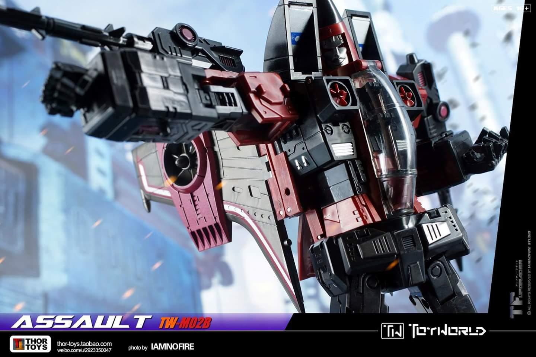[ToyWorld] Produit Tiers - TW-M02A Combustor (Ramjet/Statoréacto), TW-M02B Assault (Thrust/Fatalo), TW-M02C Requiem (Dirge/Funébro) - Page 3 MdbIh6pM