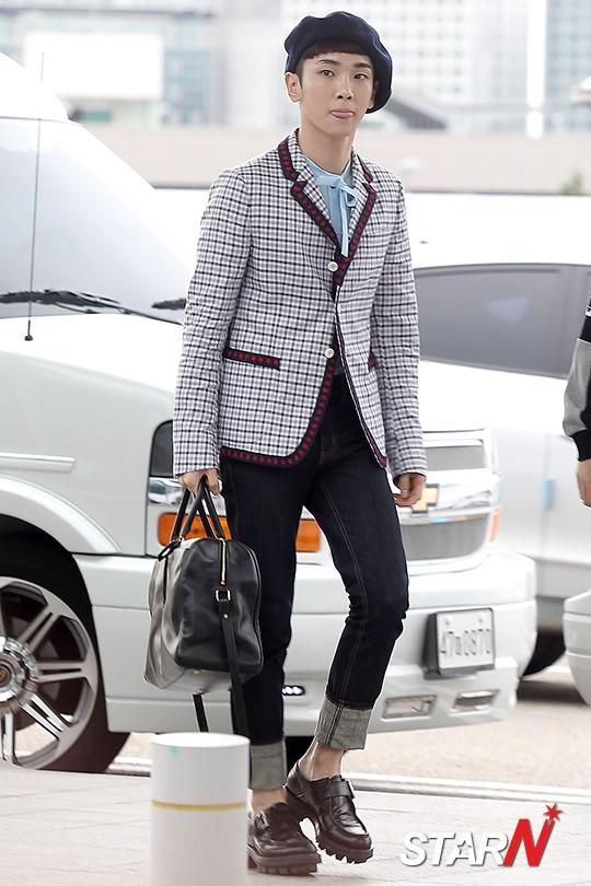 [IMG/160715] Jonghyun, Key @ Aeropuerto Incheon hacia Japón. QbF5PGL7