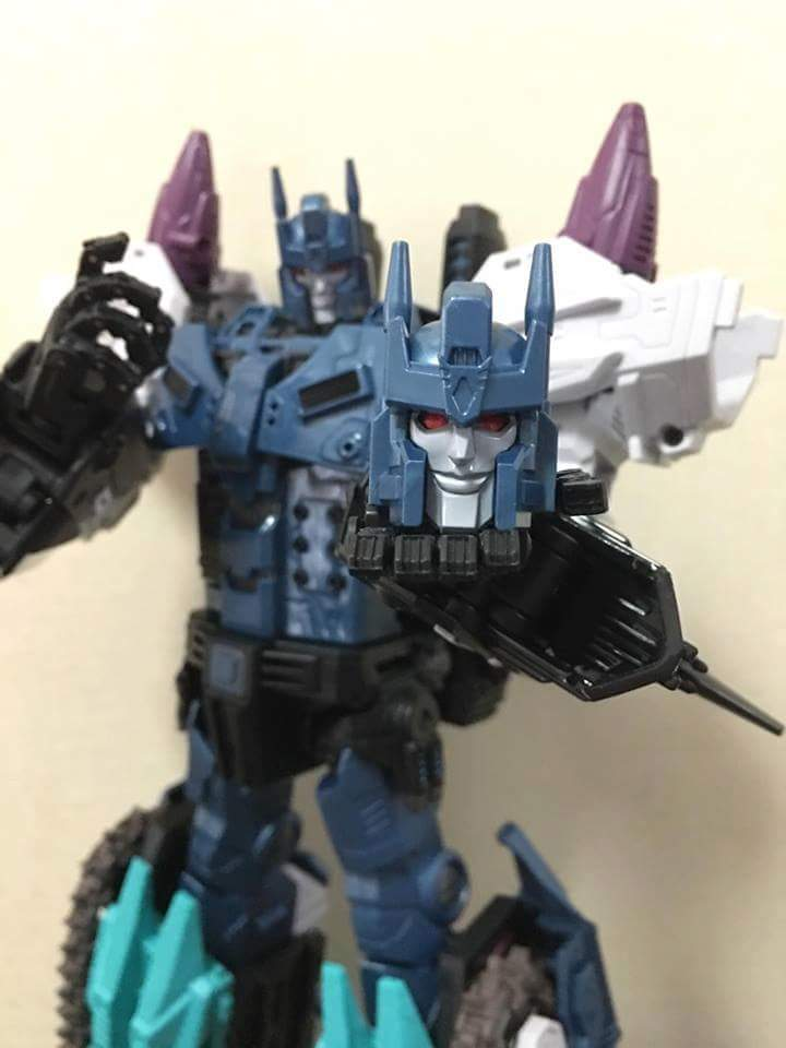 [Mastermind Creations] Produit Tiers - R-17 Carnifex - aka Overlord (TF Masterforce) - Page 3 Fe2VotR7