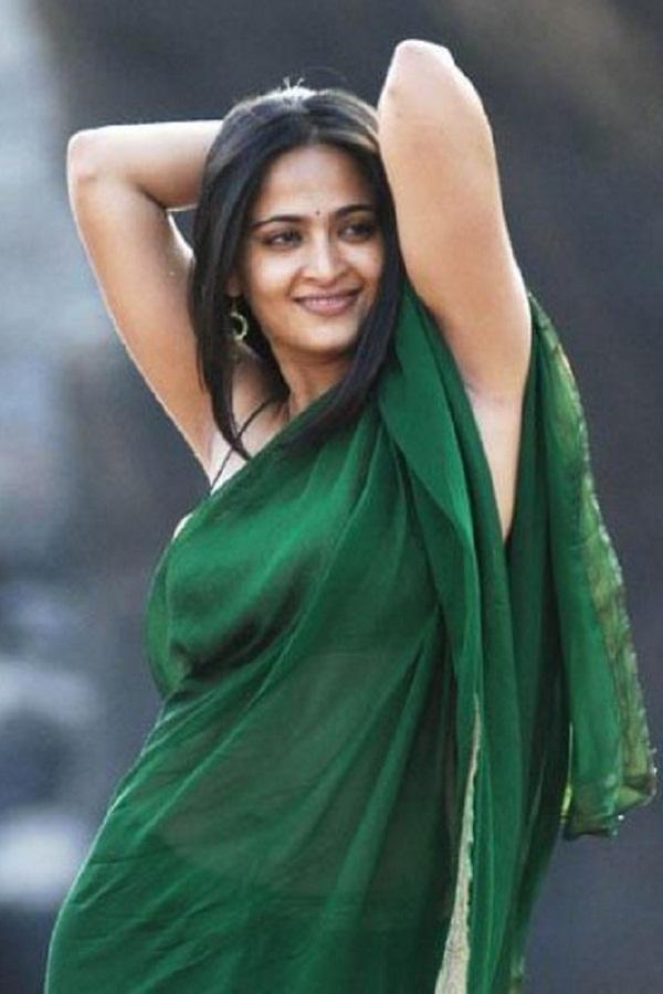Anushka Shetty Hot in Saree#3 7 images AdioNazq
