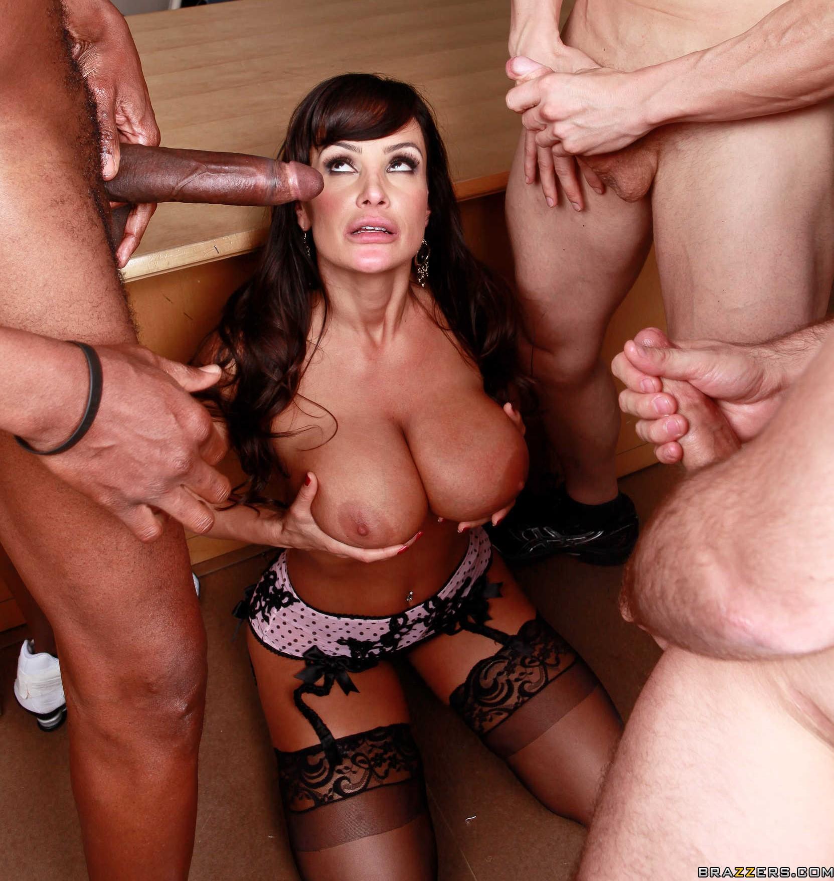 Free hq lisa ann julia ann oil overload porn photo